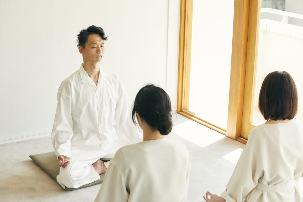 |メイクレッスン|スキンケア|女性性|自己肯定感|美肌|美容|呼吸法|瞑想|先生|東京|広尾|体験|セミナー|人相|人相学|30代|40代| 50代|個人事業主|男性目線|ヨガ|ハタヨガ|ストレス|頭の疲れ|脳の疲れ|ハーズ|プレシャス|子育て|育児|ヴィーガン|マインドフルネス|心理学|