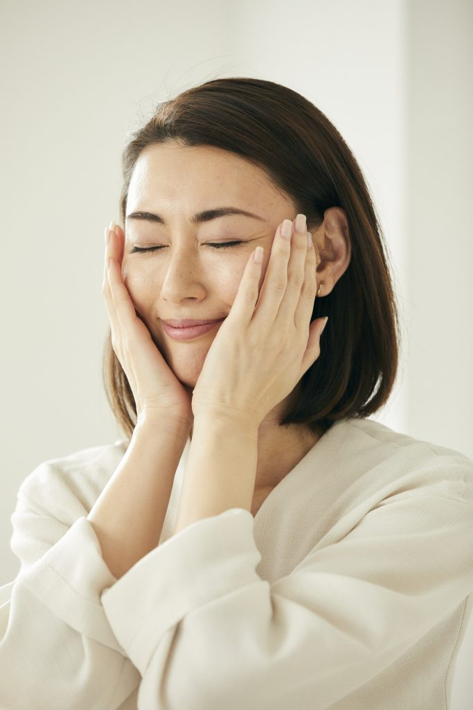 |メイクレッスン|スキンケア|女性性|自己肯定感|美肌|美容|呼吸法|瞑想|先生|東京|広尾|体験|セミナー|人相|人相学|30代|40代| 50代|個人事業主|男性目線|ヨガ|ハタヨガ|ストレス|頭の疲れ|脳の疲れ|ハーズ|プレシャス|子育て|育児|ヴィーガン|マインドフルネス|心理学|北條久美子|乾燥肌| ビジネスマナー